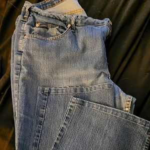 Rider slimming jeans